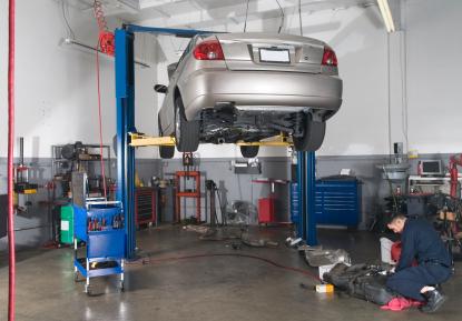Car Repair Shop Mechanic Lift